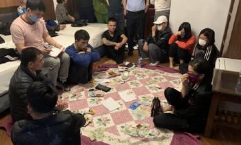 Tạm giữ hơn 9 đối tượng tổ chức đánh bạc tại Quảng Ninh, thu giữ hơn 52 triệu đồng